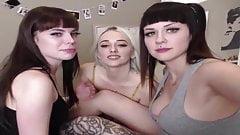 Gianni recommend best of amateur threeway lesbian