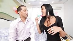 The ass on transsexual Juliana Soares gets stretched