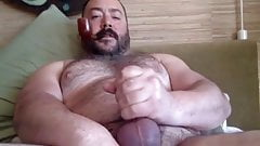 A Pipe Bear's Jizz Squirt