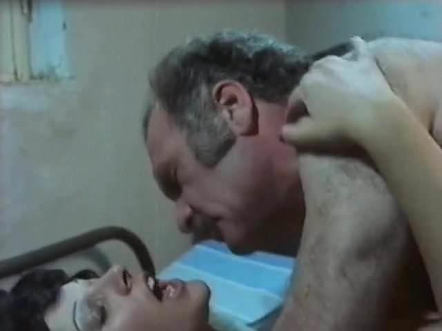 Lesbisk anal slikking porno
