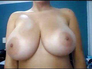 Download video bokep woman nud or flash tits 37 Mp4 terbaru