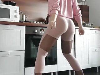 Me twerking