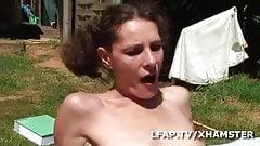 Cochonne francaise se fait demonter le cul sur l herbe's Thumb