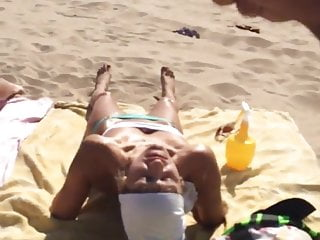 Dickflash - Cumshot like a perfect ninja on a beachgirl