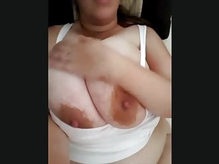 A bbw goddess flashing her sexy boobs