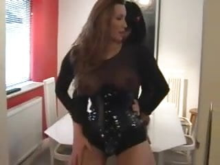 Strapon Queen Fucking a Crossdresser