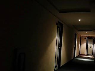 Je l entendu du couloir