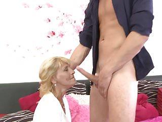 Mature mother suck balls and fucks lucky son