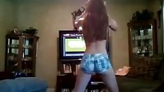 White teen with nice butt twerking