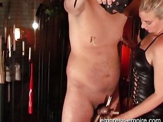 Slave Punishment - Femdom