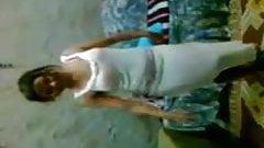 Hot Arab Girl Dancing 024