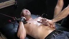 Perverted toe licker Kris likes to tickle Francos feet