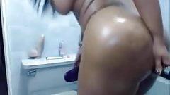 SEXY EBONY TOYS HER ASSHOLE