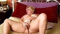 Pussy wet amateur wife mature