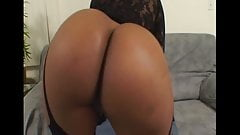 Bootylicious Black Milf Picked up
