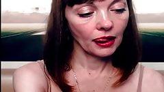 Stay See Sexy Mature Femme Fatal Vixxen