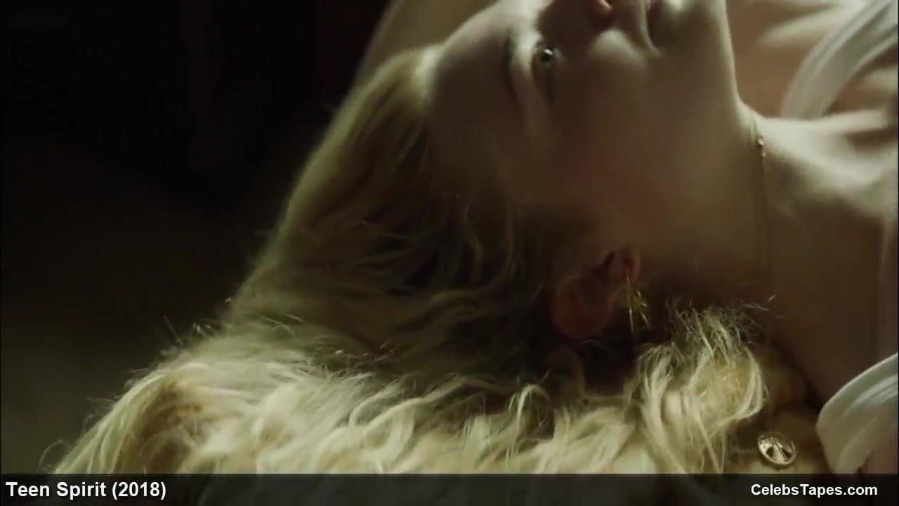 movie star elle fanning horny clip scenes