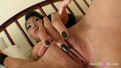 Slutty Asian tramp gives the sexiest blowjob