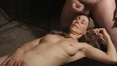 Naked Milf awaits cumload dislike