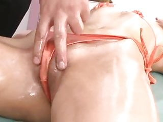 Japanese Girl Getting A Orgasmic Massage Uncensored