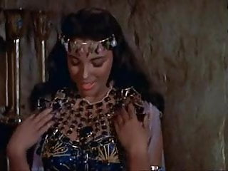Joan Collins. Valerie Camille - Land of the Pharaohs
