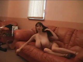 Yulia Nova Cos