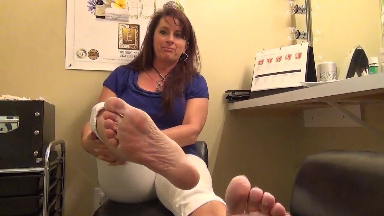 Lickable milf soles