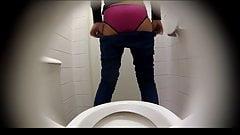 Estrangeiro - Hidden Cam HD piss in toilet part16