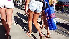 Candid voyeur 4 hotties in short shorts asses