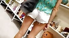 Cute Candid College Girl- White shorts - nice legs