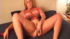 Check My MILF Plumpy amateur wife anal plug tricks