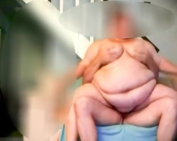 Finnish ssbbw riding and sucking