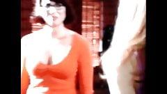 Celeb Cumer vs Velma