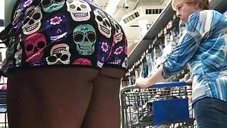 Ebony cheeks in booty shorts part 2