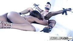 Jezebelle Bond and Ashley Fuck