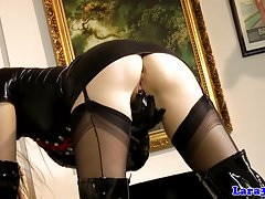 British latex milf fingering vag with gloves