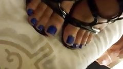 Blue toes creamed...