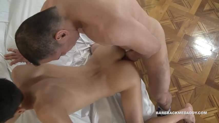 Latino gay studs fucking bareback their juicy brown ass
