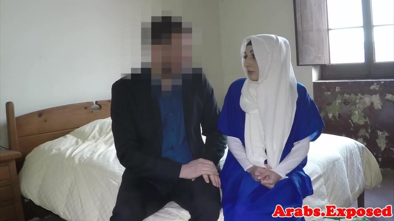 arabian-girl-getting-fucked