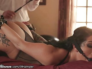 Katrina Found Her Dominant Longs To Be His Slave