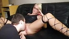 blond girl like latex and fuck
