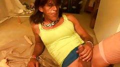 Crossdresser hits bladder with dildo and strikes gold