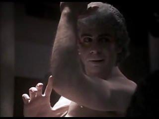 CFNM scene from 80's movie