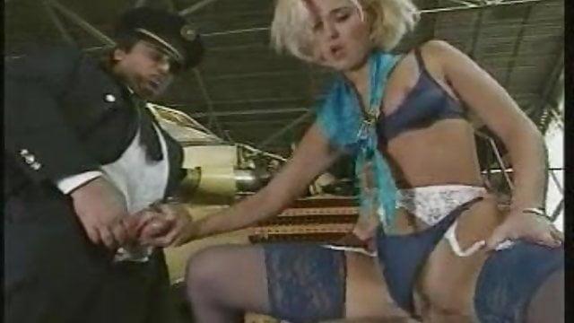 lesbička letuška porno