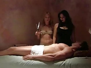 The Witches of Sappho Salon (2003)- Castration