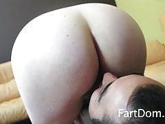 Mistress Lovelys Farts Dont TASTE Lovely