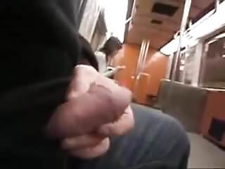 She must see subway flasher.flv