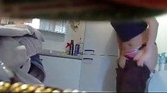 Real hidden cam! mature brunette changing