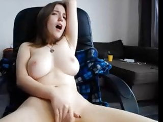 Download video bokep Fingering in daddy's office chair Mp4 terbaru