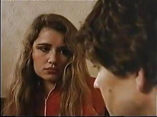 Treize Poupees a la File (1983)
